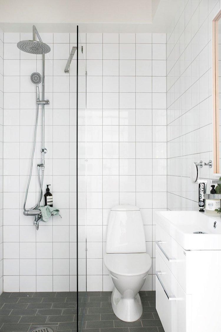 Baño pequeño con diseño sencillo