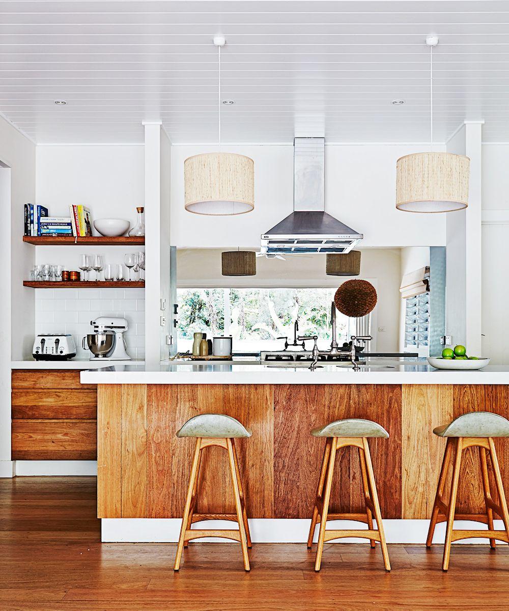 10 dise os de cocinas que incorporan madera a la decoraci n - Cocinas con diseno ...