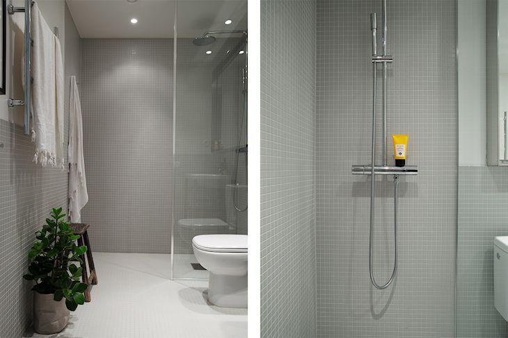 Sector de la ducha sin bañera con grifería cromada