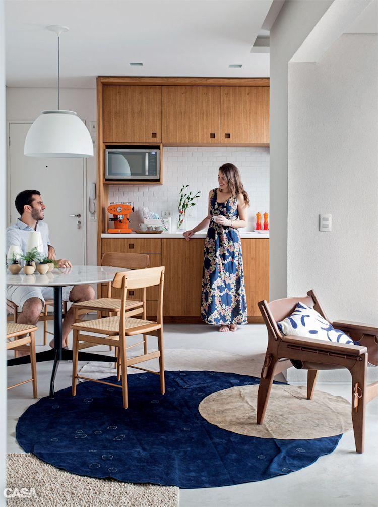 Cocina moderna integrada a la sala comedor