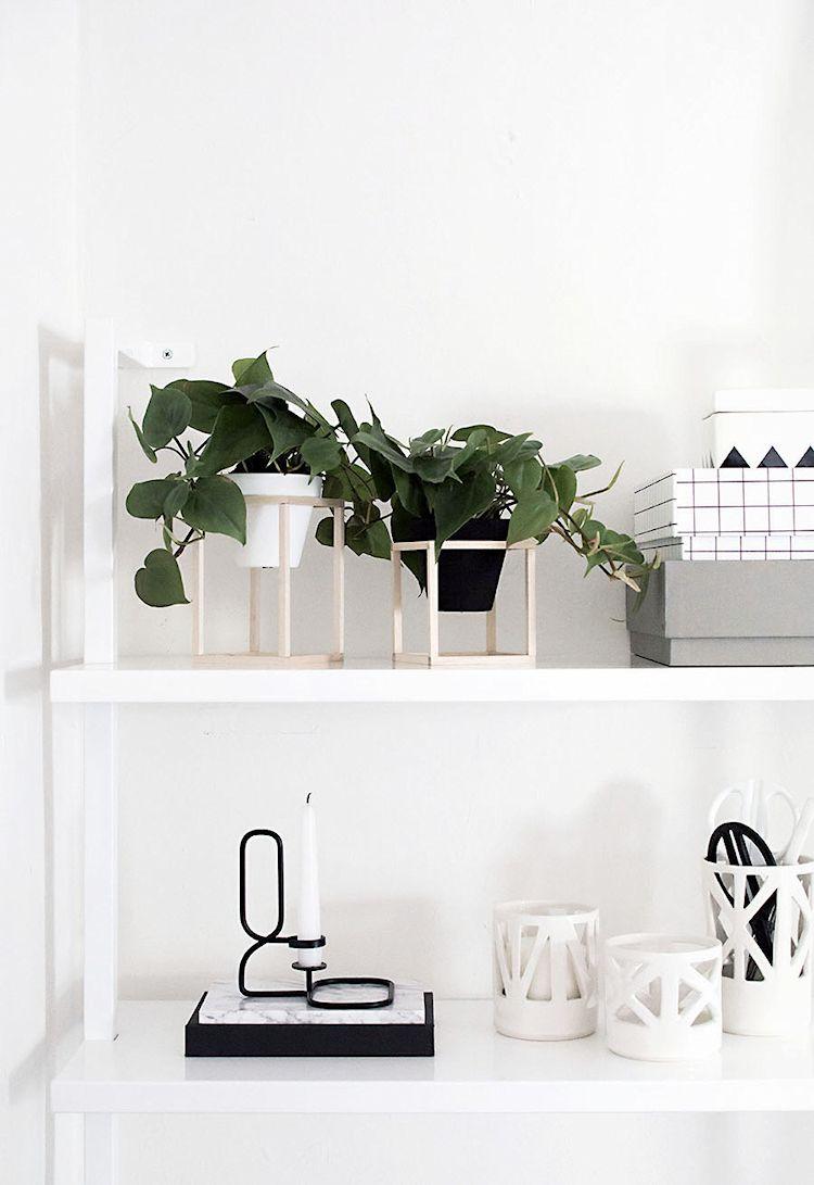 DIY - Hazlo tú mismo: maceteros minimalistas de madera para decorar libreros y repisas.