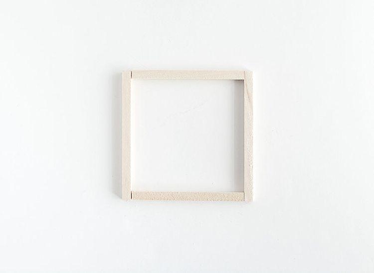 """Armar un cuadrado para la base del macetero con 2 listones de3,25"""" y 2 listones de3,75""""."""