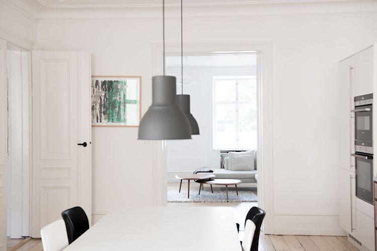 Interiores de departamentos: hogar con diseño moderno escandinavo 11