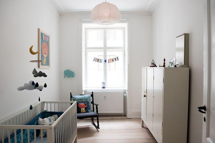 Interiores de departamentos: hogar con diseño moderno escandinavo 16