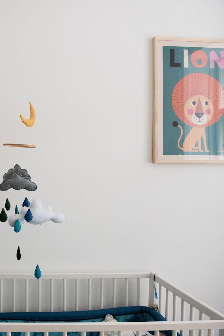 Interiores de departamentos: hogar con diseño moderno escandinavo 18