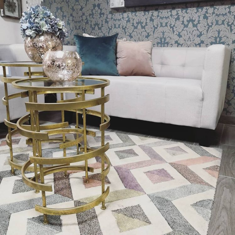Mínima - Muebles de diseño contemporáneo y accesorios decorativos 5