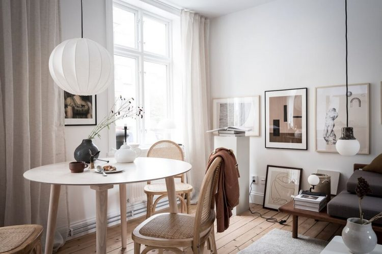 Ambiente principal donde funcionan integrados la sala, comedor y cocina