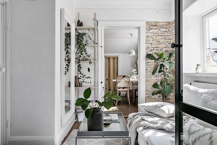 Al ser un espacio independiente, en la sala los muebles se pudieron distribuir de forma más cómoda y funcional.
