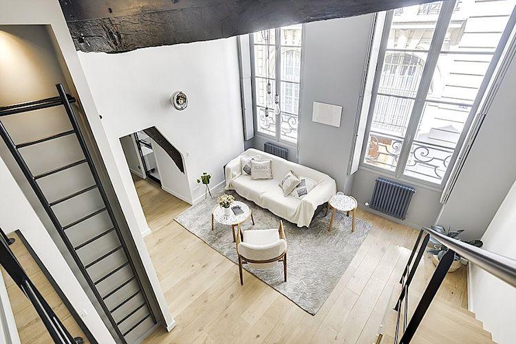 Departamento pequeño minimalista con loft para la recámara