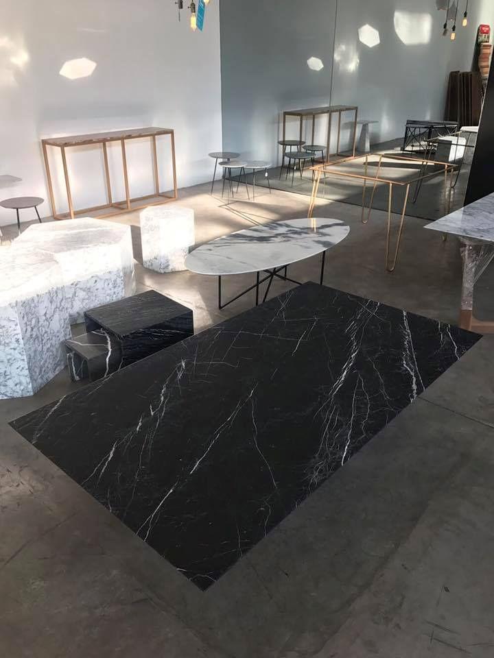 Milk: muebles y objetos en mármol 11