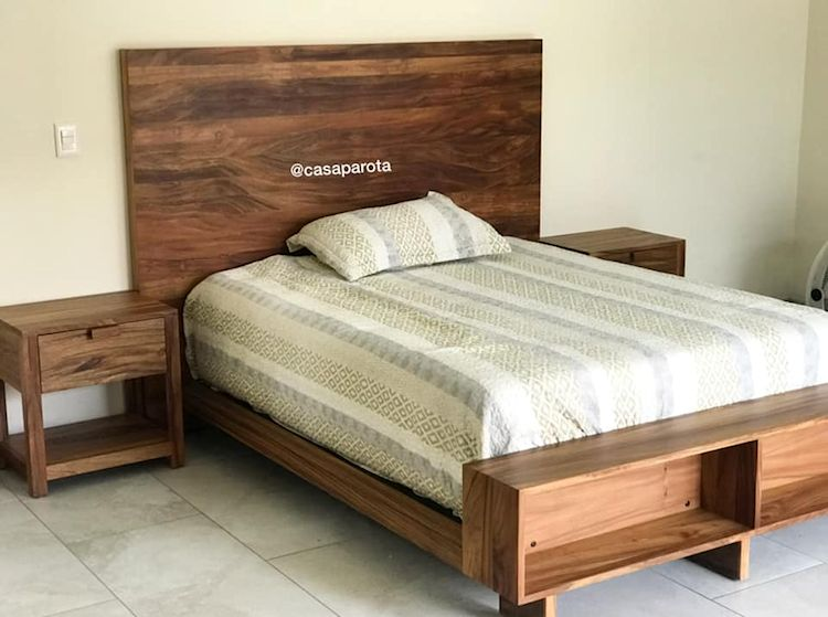 Casa Parota: muebles en madera de parota 9