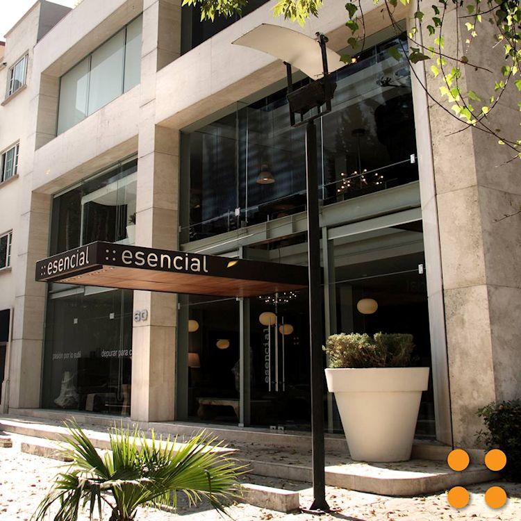 Tienda de ::esencial en Polanco, CDMX